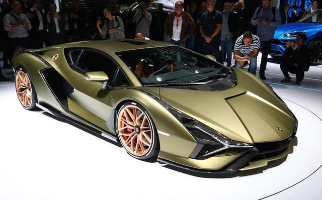 10 mẫu ô tô chỉ dành cho giới siêu giàu  - Ảnh 10.