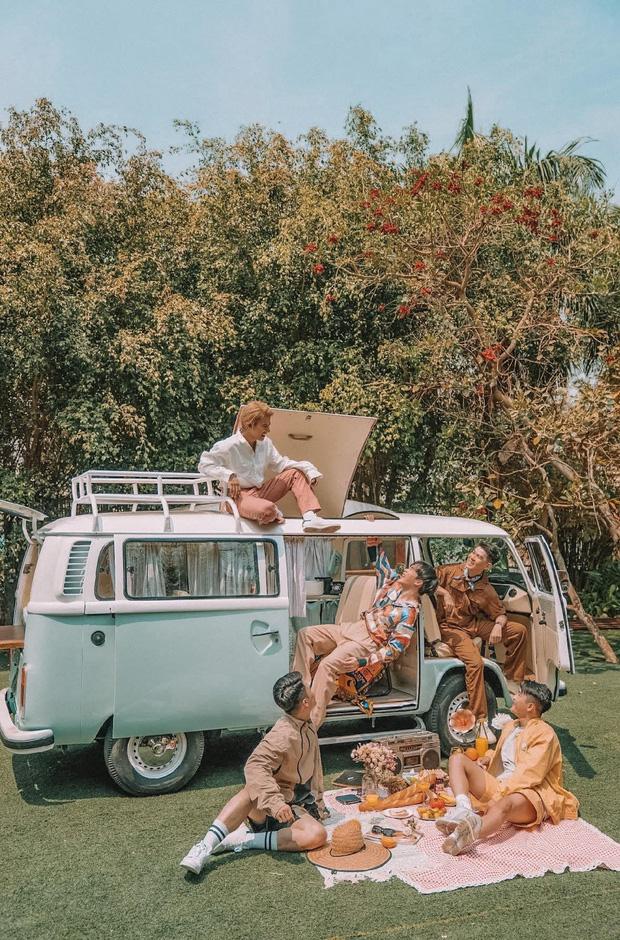 Nhóm bạn bỏ hơn 1 tỷ mua và cải tạo xe cổ thành chiếc carstay xinh xắn, nhìn là muốn xách vali đi du lịch - Ảnh 6.