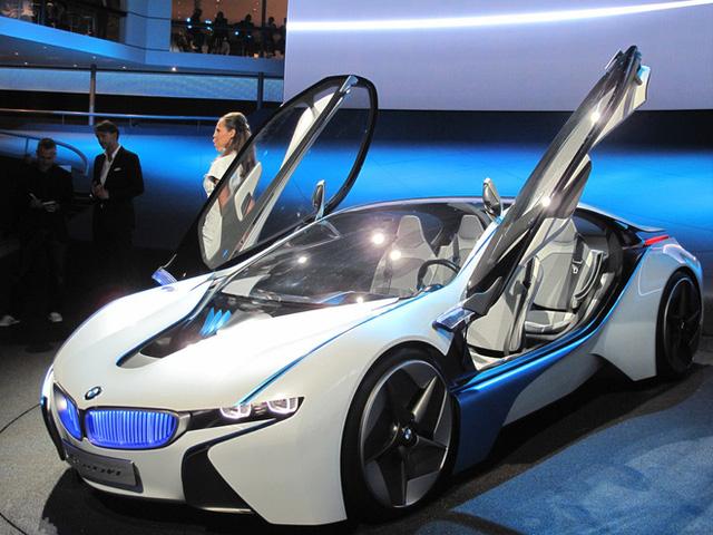 Tại sao các nhà sản xuất ô tô vẫn chi hàng triệu USD cho những mẫu xe concept mà họ không có kế hoạch sản xuất?  - Ảnh 3.