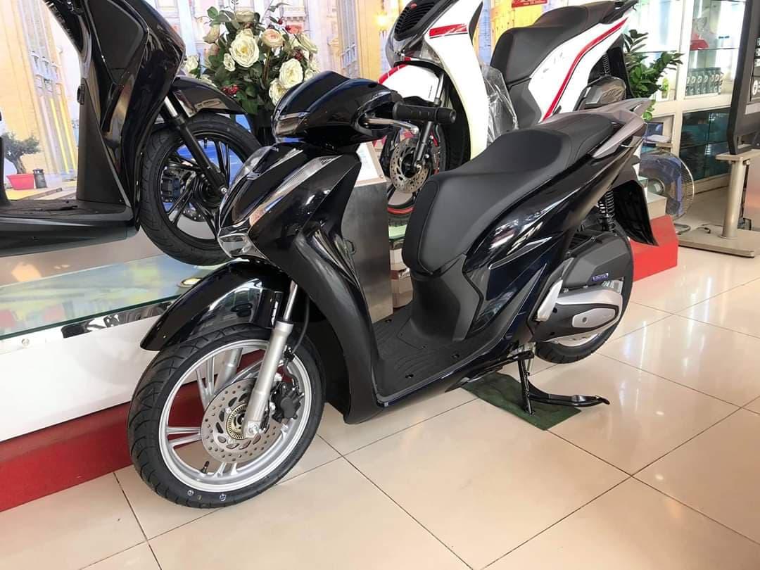 Honda SH bất ngờ tăng giá trở lại