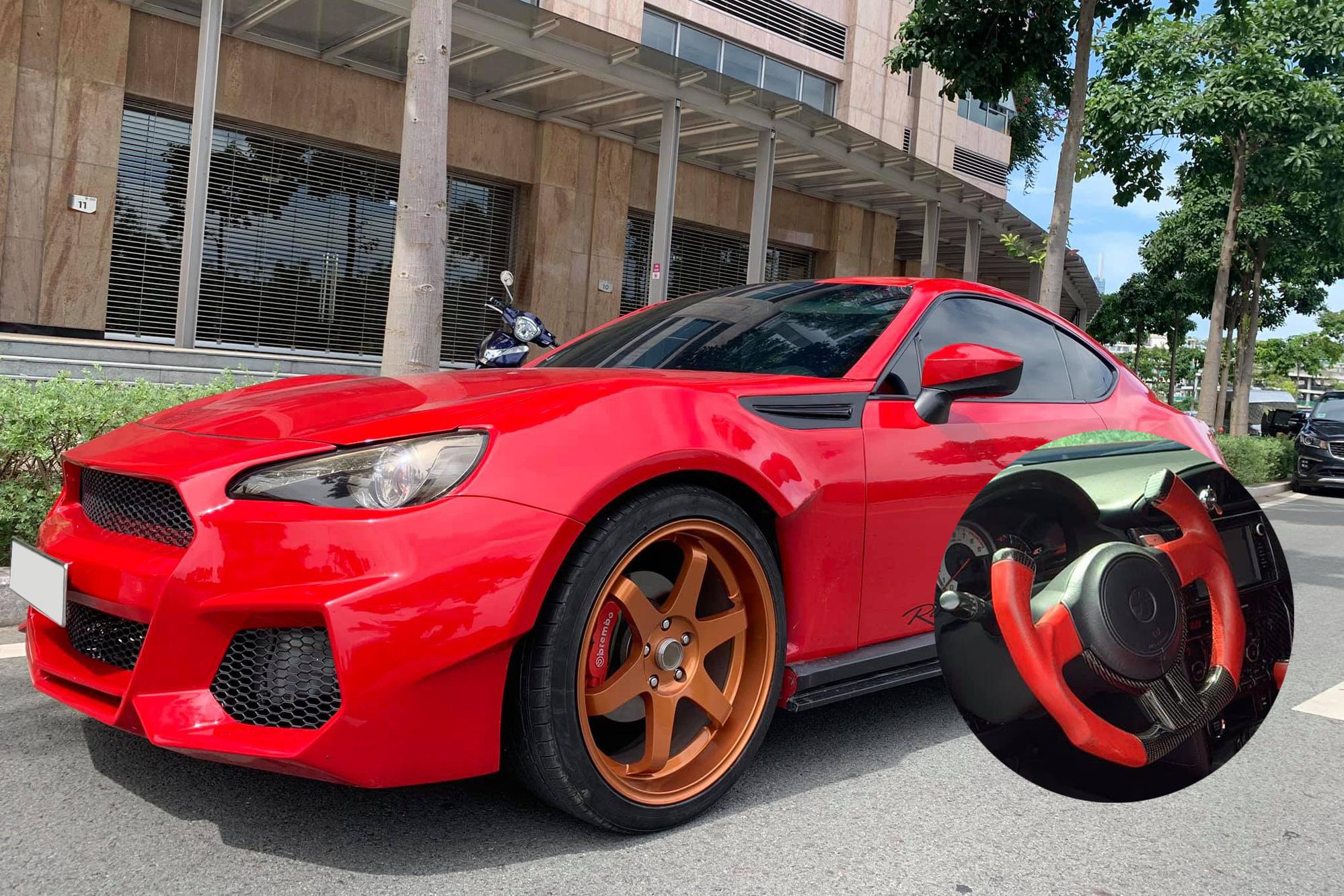 Toyota FT-86 độ khủng bán lại hơn 800 triệu: Vô-lăng 'dị' là tâm điểm bán tán của CĐM
