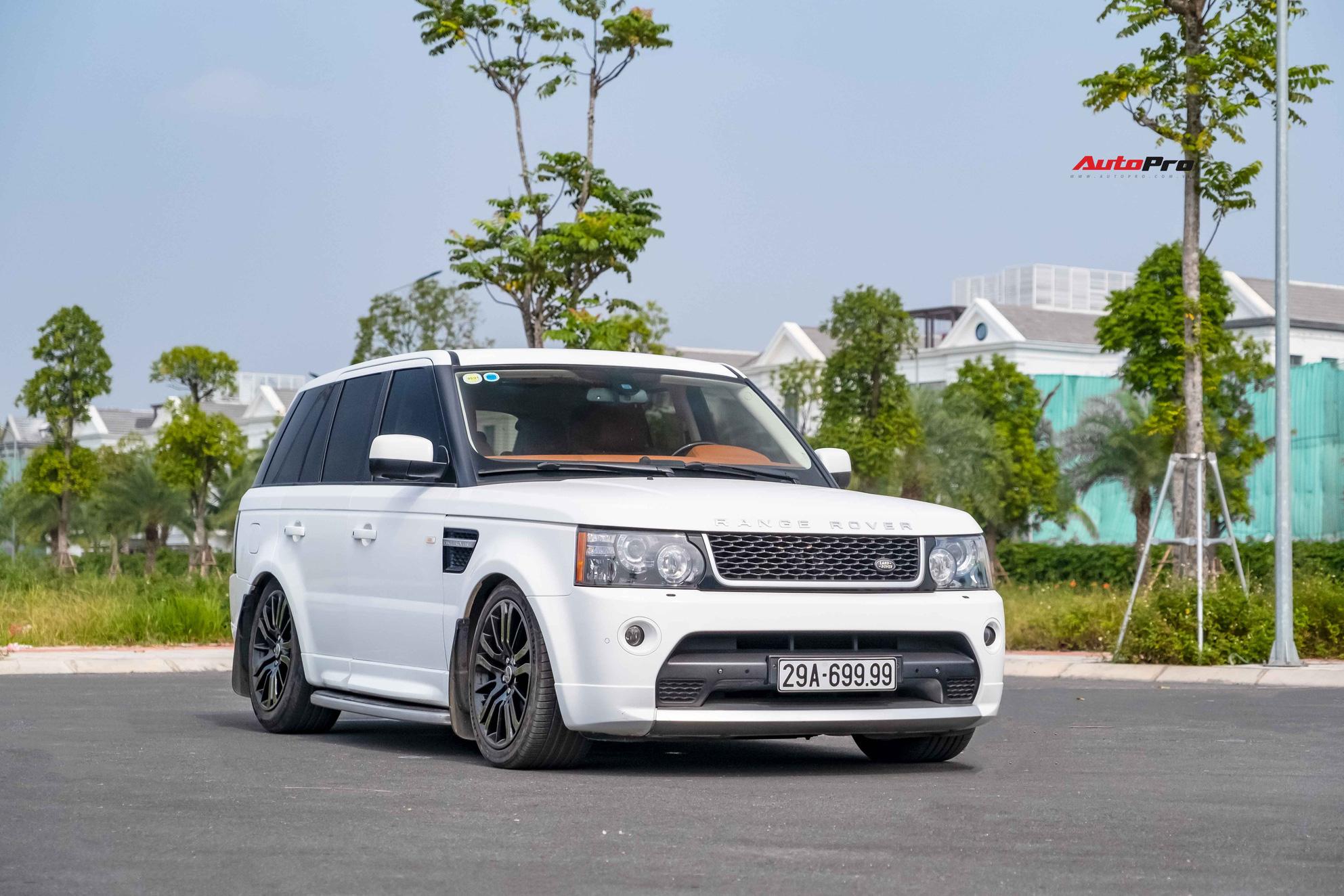 Bán Range Rover Sport biển 699.99 giá 1,8 tỷ, chủ nhân tiết lộ: 'Tiền biển đủ mua Kia Moring, nhiều đại gia hỏi mua để trưng bày'