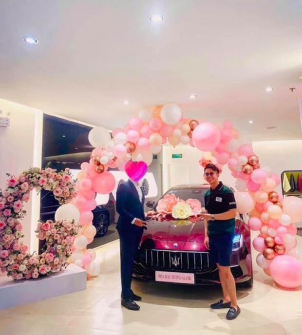 Xôn xao tin đồn Matt Liu chưa từng tặng xe cho Hương Giang, xế hộp 8 tỷ là của nàng Hậu mua trả góp - Ảnh 2.