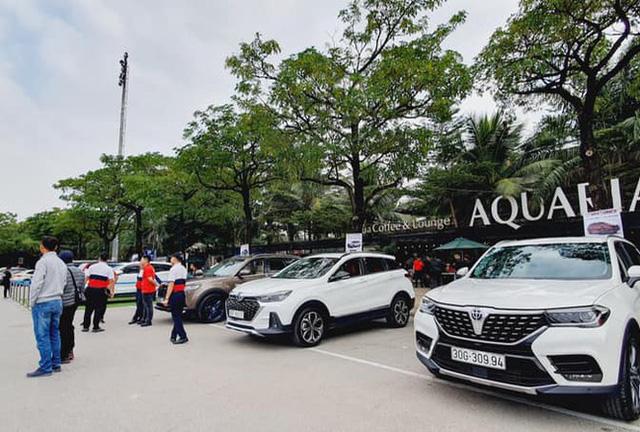 Cận Tết, ô tô nhập khẩu về Việt Nam thế nào?  - Ảnh 1.