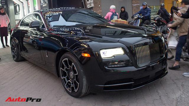 Sở hữu Rolls-Royce Wraith Black Badge đầu tiên Việt Nam nhưng chỉ chạy 4.000 km, đại gia Hà Nội bán xe với giá hơn 10 tỷ đồng - Ảnh 4.