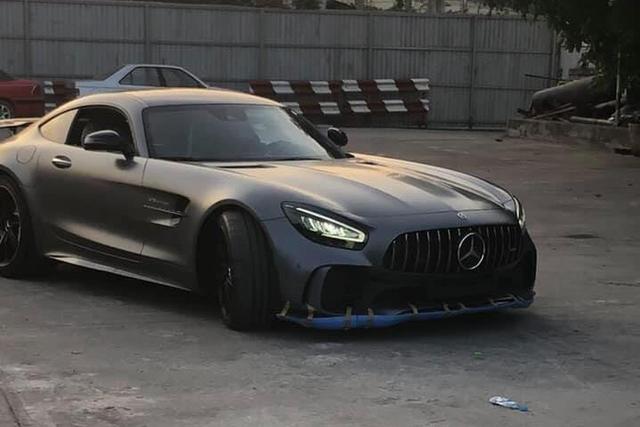 Mercedes-AMG GT R độc nhất Việt Nam về tay đại gia Sài Gòn, giá ra biển lên tới 21 tỷ đồng - Ảnh 5.