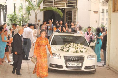 Ủng hộ 36 tỷ cho nhà nước, vua hàng hiệu Johnathan Hạnh Nguyễn còn gây choáng với bộ sưu tập xe tiền tỷ - Ảnh 12.