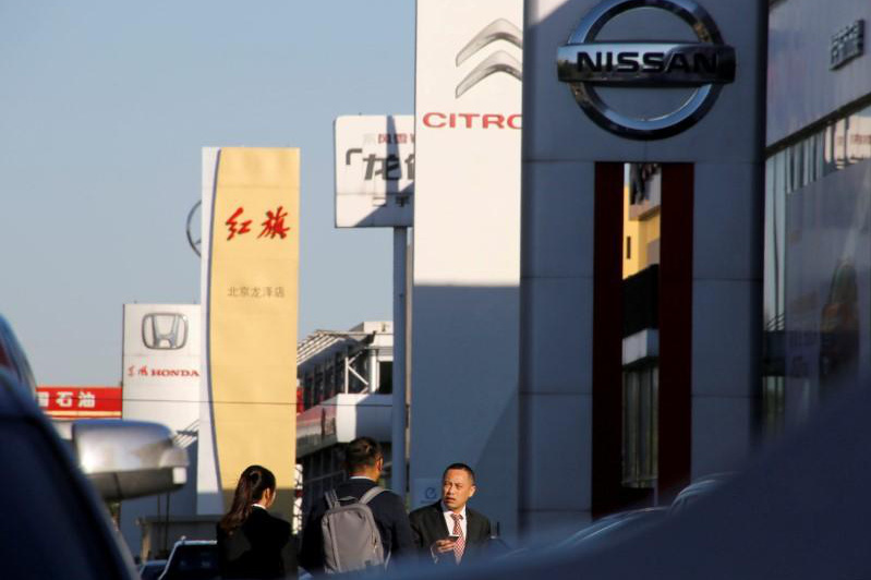 Vừa trở lại, các hãng xe Trung Quốc mạnh tay thuyết phục khách hàng sắm xe
