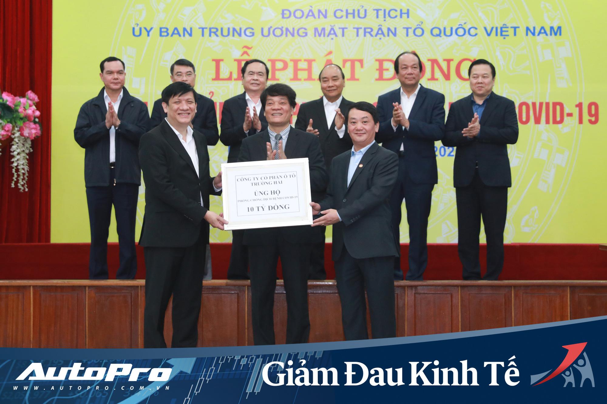 Giữa lúc khó khăn, nhiều hãng xe tại Việt Nam vẫn chi mạnh tay để sát cánh cùng cộng đồng đối phó dịch Covid-19