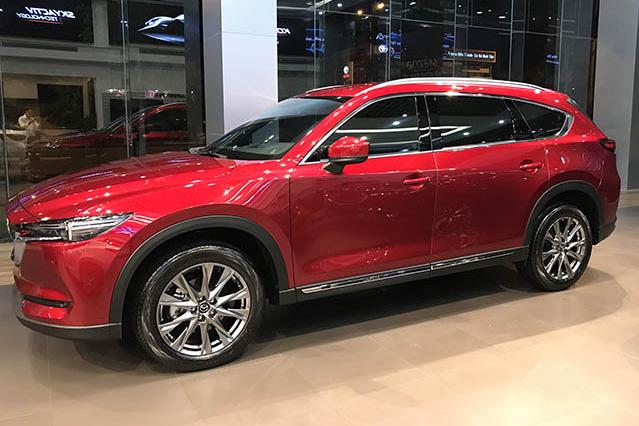 Mazda chơi lớn với loạt xe hot tại Việt Nam: Mazda3 giảm 60 triệu, CX-8 giảm kỷ lục 150 triệu đồng - Ảnh 1.