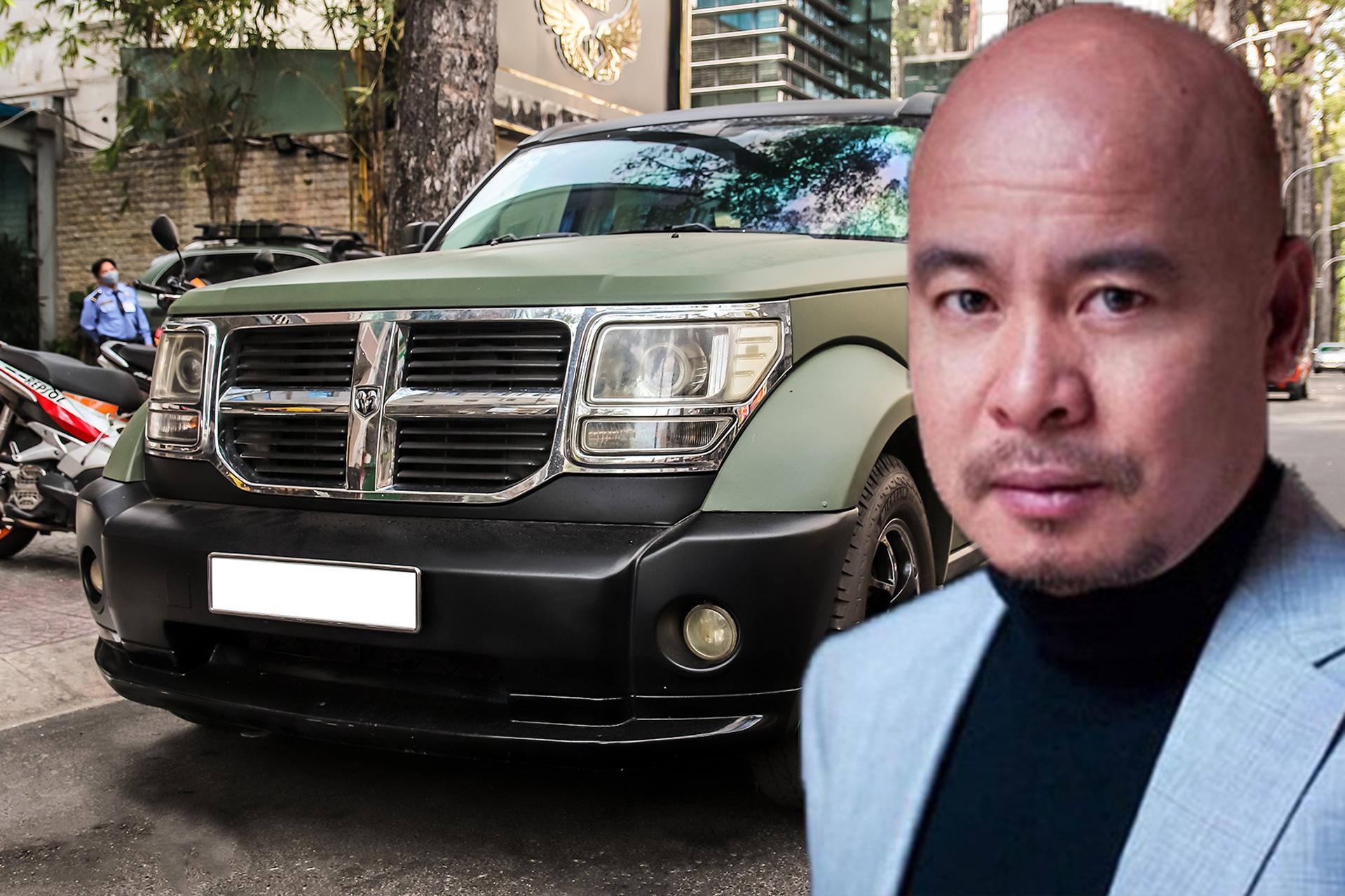 SUV địa hình Dodge 'hàng độc' của ông Đặng Lê Nguyên Vũ bất ngờ xuất hiện trên phố Sài Gòn