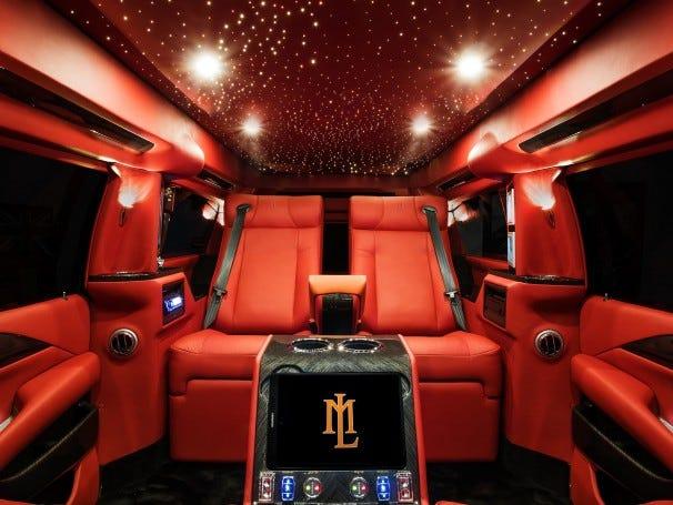 Cadillac Escalade ngoài bọc thép, trong dát vàng giá 500.000 USD cùng 5 bản độ chất ngất khác làm siêu lòng giới siêu giàu  - Ảnh 20.