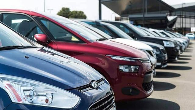 Liệu người mua xe có được hưởng lợi kép từ việc giảm phí trước bạ? - Ảnh 1.