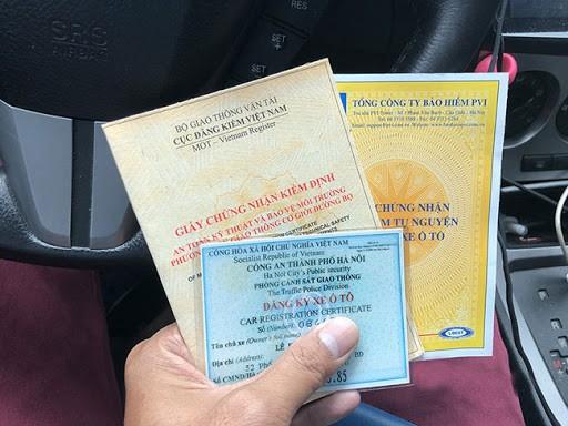 Mua ô tô nhưng chậm đăng ký, chủ xe sẽ bị phạt tối đa 8 triệu đồng - Ảnh 2.