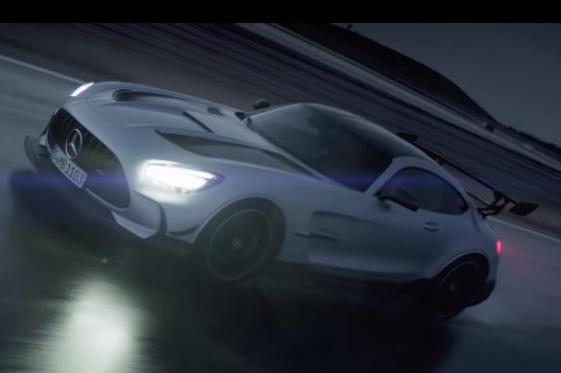 Lộ diện Mercedes-AMG GT R Black Series - Siêu xe đích thực, xoá bỏ dớp bị coi chỉ là xe thể thao