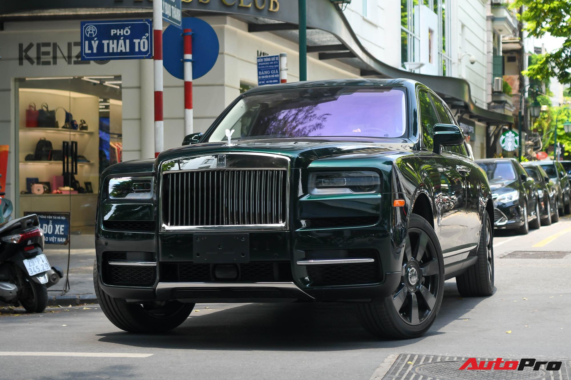 Rolls-Royce Cullinan của đại gia Hà Nội trở thành độc nhất Việt Nam nhờ hai chi tiết