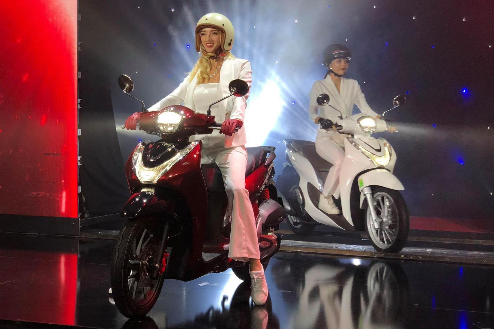 Live: Honda SH Mode 2020 ra mắt tại Việt Nam - Nam tính hơn, giá từ 53,9 triệu đồng, bán ra 26/7