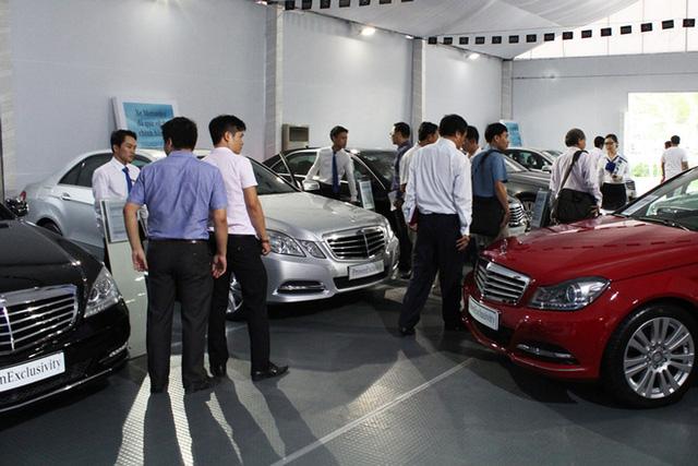 Hậu giảm phí trước bạ: Khách ùn ùn đi mua ô tô, doanh số cửa hàng tăng 300%  - Ảnh 1.