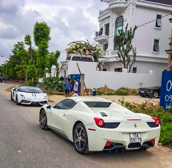 Lamborghini Gallardo LP570-4 Performante độc nhất Việt Nam cùng Ferrari 458 Spider lạ lẫm bất ngờ xuất hiện tại Hải Phòng - Ảnh 2.