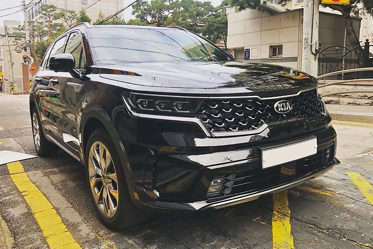 Rộ tin Kia Sorento thế hệ mới sắp bán tại Việt Nam: Đòn đáp trả Hyundai Santa Fe trong năm nay