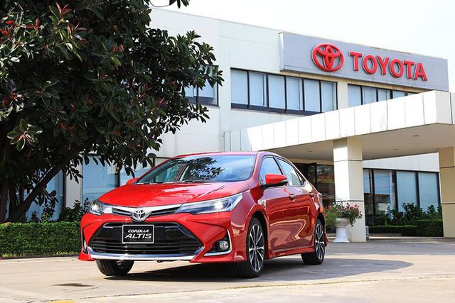 Top 5 ô tô giảm giá sâu né tháng cô hồn, có mẫu giảm tới 200 triệu đồng - Ảnh 9.