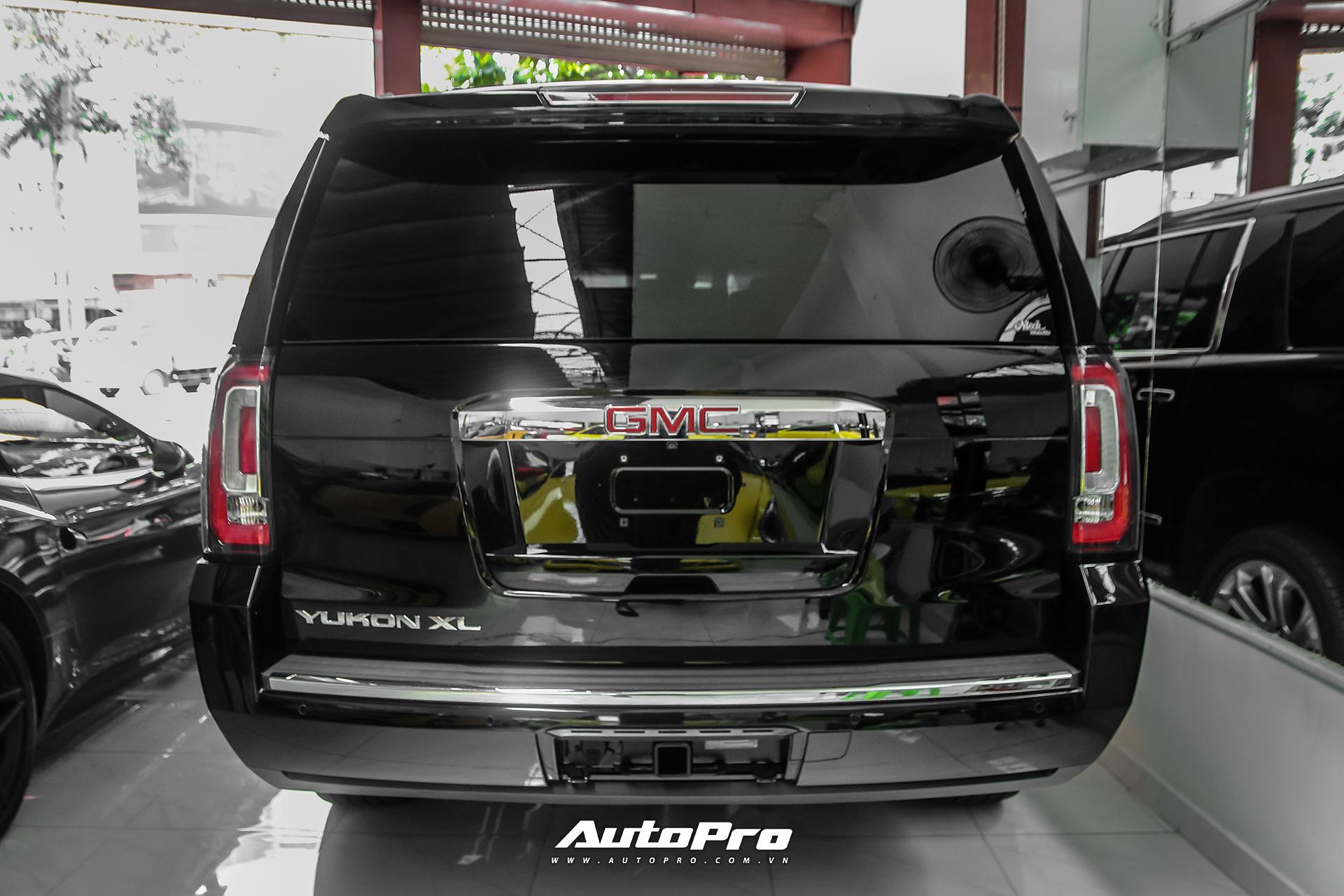 GMC Yukon Denali XL trang bị khối động cơ EcoTec3 V8 6.2L, cho công suất 420 mã lực tại 5.600 vòng/phút và mô-men xoắn 623 Nm tại 4.100 vòng/phút. Hộp số tự động 6 cấp và hệ dẫn động bốn bánh.