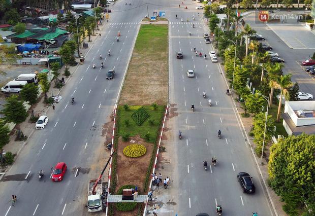 Chùm ảnh: Nhìn từ trên cao cây cầu vượt dầm thép nối liền 3 quận nội thành Hà Nội trước ngày thông xe - Ảnh 5.