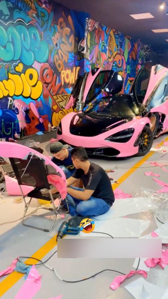 Sau màu neon chói loá, McLaren 720S Launch Edition hàng hiếm tại Việt Nam tiếp tục đổi diện mạo mới