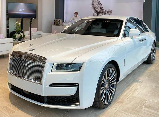 Đại lý tư nhân rục rịch nhận đặt cọc Rolls-Royce Ghost 2021: Siêu phẩm xe siêu sang chuẩn bị về Việt Nam - Ảnh 1.