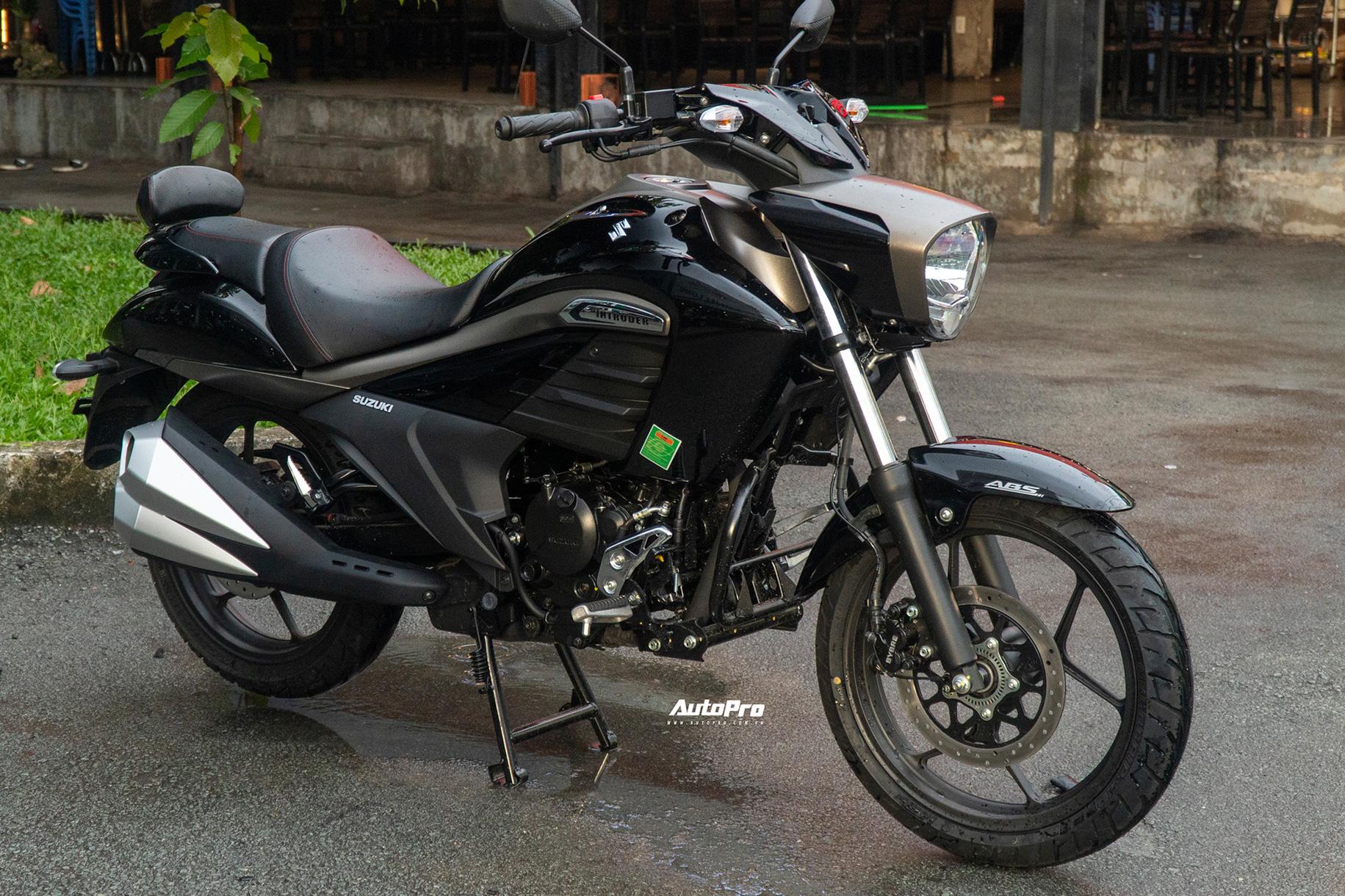 Chi tiết Suzuki Intruder 150 vừa ra mắt tại Việt Nam: Giá 90 triệu đồng, cruiser phân khúc bình dân