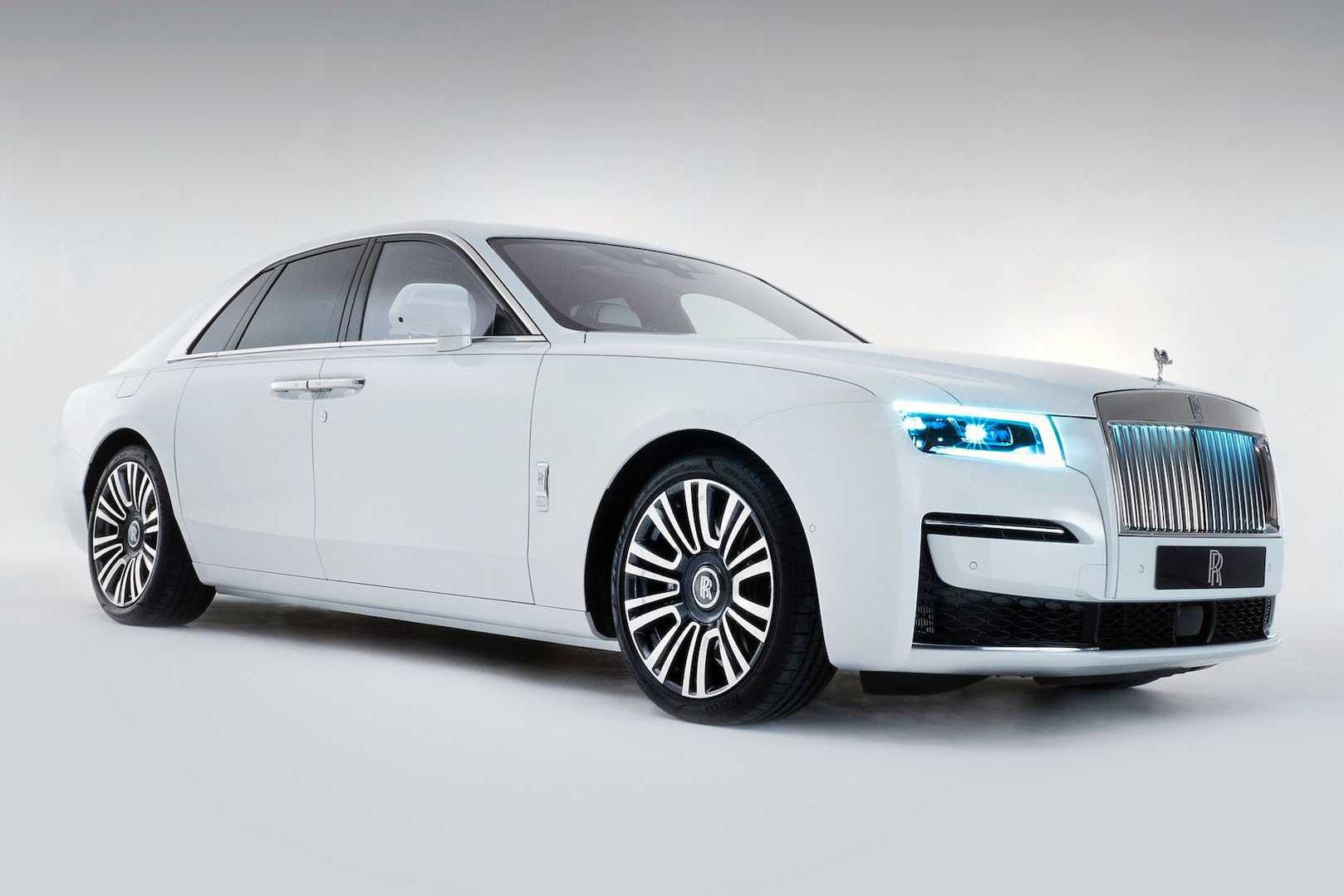 Rolls-Royce âm thầm sản xuất xe mới, khẳng định không tốn một giọt xăng