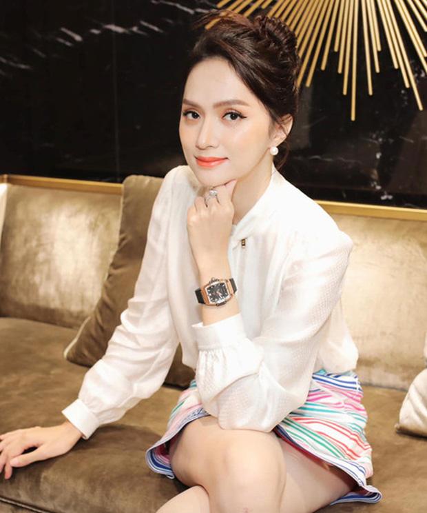 CEO Hương Giang khoe ảnh chanh sả trong ô tô bạc tỷ, thả rông khoe vòng 1 căng đầy và tạo dáng bá đạo mới chịu! - Ảnh 4.