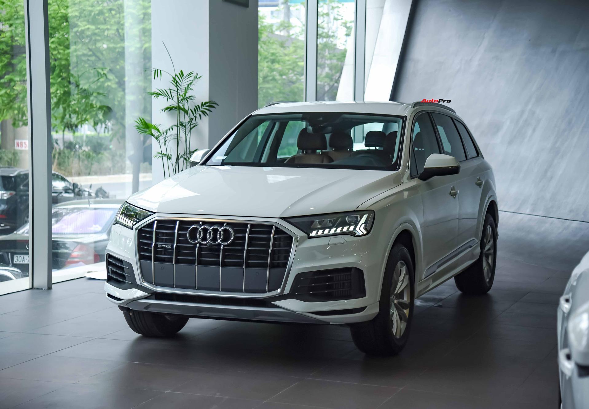 Audi Q7 có mức giá gần sát với VinFast President dù nằm ở phân khúc dưới.