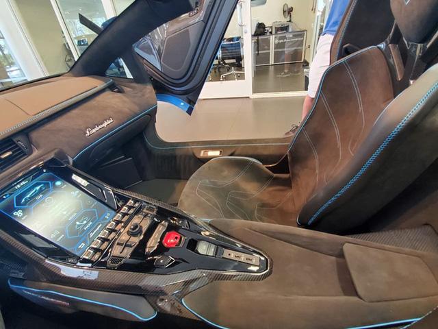 """Chủ chiếc siêu xe Centenario 260 tỷ đồng đầu tiên và mạnh nhất tại Việt Nam: """"Mua vì duyên, có chút liên quan đến thất tình"""" - Ảnh 9."""