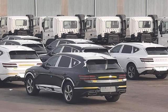Genesis GV80 nhập tư chào hàng giá hơn 4 tỷ đồng, xe chính hãng vẫn là ẩn số dù đã lăn bánh trên đường - Ảnh 3.