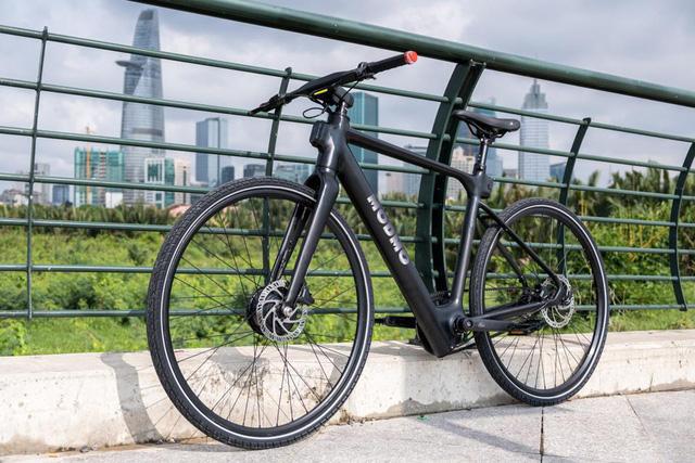 Forbes: Xe đạp điện sản xuất tại Việt Nam với tham vọng... thay thế ô tô  - Ảnh 1.