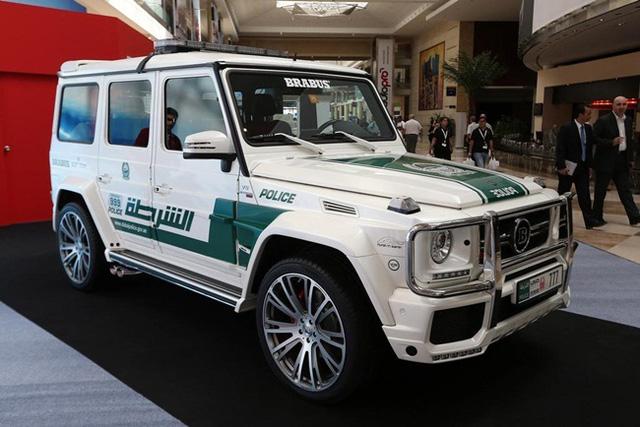 Dàn siêu xe tuần tra của cảnh sát Dubai: Toàn những cái tên đắt đỏ, tốc độ đạt đỉnh cao, mục đích là để thân thiện với người dân  - Ảnh 12.