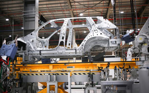 Reuters: Foxconn đàm phán với VinFast về hợp tác sản xuất pin và linh kiện xe điện - Ảnh 1.