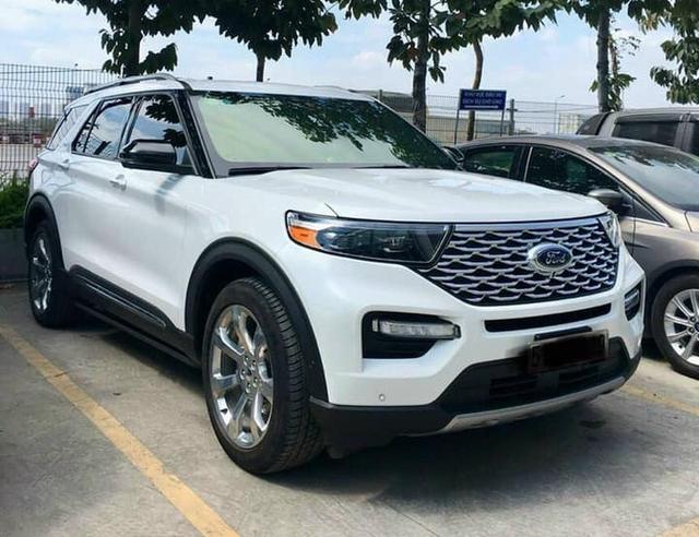 Đại lý ồ ạt nhận cọc Ford Explorer 2021 tại Việt Nam: Giá 2,268 tỷ đồng, giao xe từ tháng 9, đón đầu cạnh tranh với Kia Telluride - Ảnh 1.