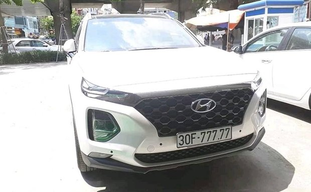 Bàn tay vàng trong làng bốc biển: 5 chủ xe Hyundai Santa Fe tại Hà Nội ẵm 5 biển ngũ quý, sang tay nhanh thu về đôi ba tỷ đồng mỗi chiếc - Ảnh 5.