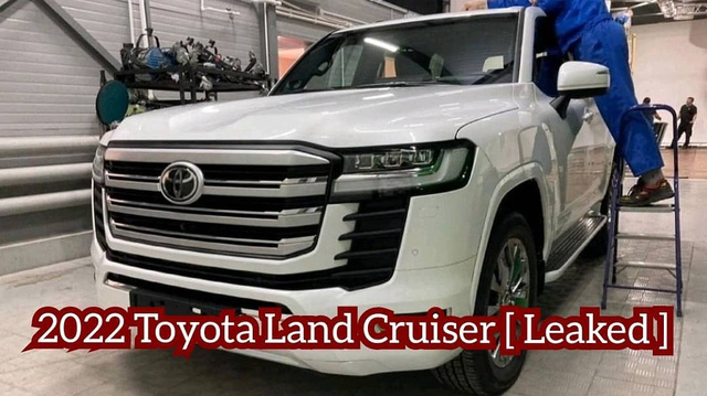Đại lý Toyota nhận đặt cọc Land Cruiser 2021 tại VN: Xe về cuối năm, khách mua bản cũ phải chi thêm 200 triệu đồng - Ảnh 1.