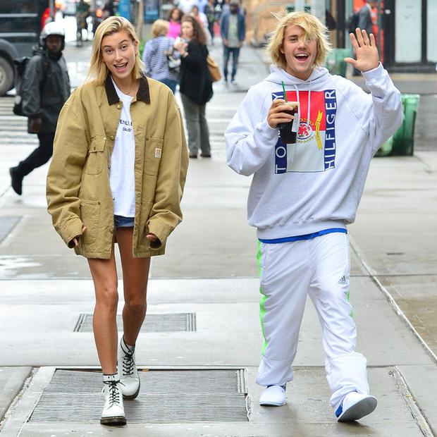 Hốt hoảng khi thấy vợ chồng Justin Bieber hẹn hò: Chồng tóc như ổ gà, Hailey lây style, nhưng xế hộp 7,6 tỷ mới là điểm nhấn - Ảnh 6.