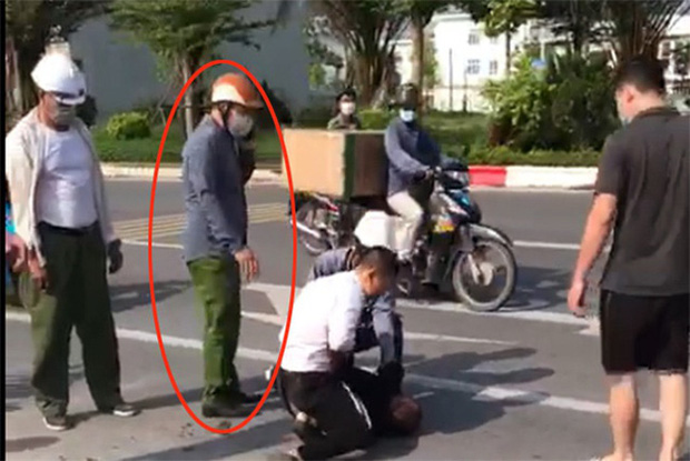 Lộ diện người giúp tài xế taxi khống chế tên tội phạm trốn truy nã: Thấy người gặp nạn thì tôi giúp thôi - Ảnh 2.
