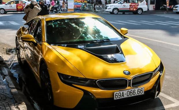 Soi siêu xe gần 8 tỷ đồng, biển số tứ quý của Bùi Tiến Dũng, sang xịn cỡ đó ở Việt Nam được bao nhiêu chiếc? - Ảnh 4.