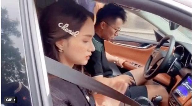 Lộ clip Matt Liu tháp tùng Hương Giang trên xế hộp tiền tỷ, nữ ca sĩ xuất hiện tươi tắn giữa nghi vấn rạn nứt? - Ảnh 4.
