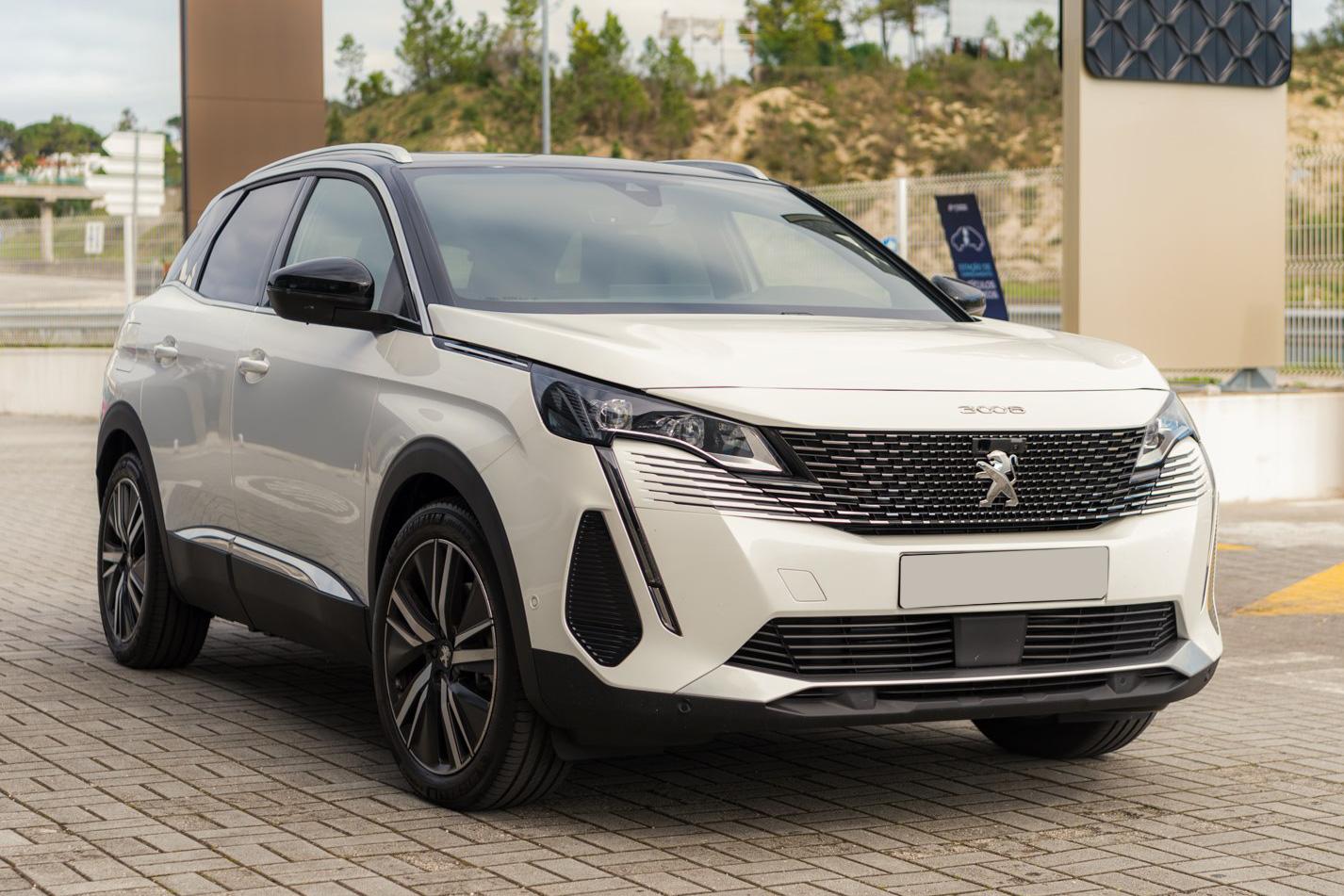 THACO xuất xưởng Peugeot 3008 2021 tại Việt Nam: Đại lý ồ ạt nhận cọc, sớm ra mắt đấu Mazda CX-5 và Hyundai Tucson