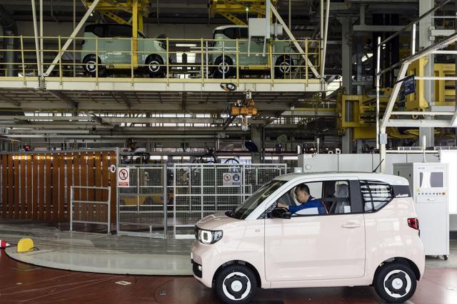Là nơi khai sinh ra mẫu ô tô điện 5.000 USD, thủ phủ xe điện của Trung Quốc đang dạy cho cả thế giới một bài học  - Ảnh 4.