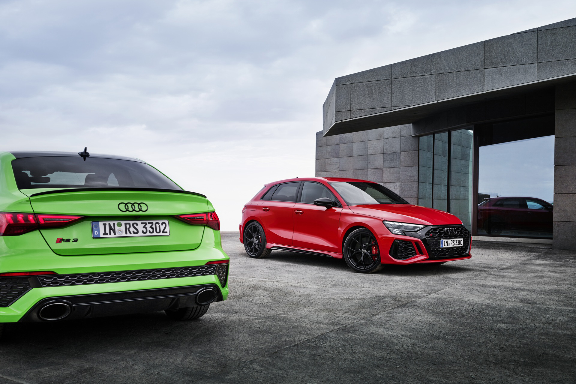 Ống xả fake đẹp quá, Audi phũ phàng photoshop xoá luôn cả ống xả thật trong bộ ảnh xe mới ra mắt