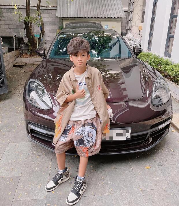 Rich kid Việt và những món quà khủng: Bộ đôi siêu xe ngót nghét 70 tỷ, đồng hồ sang với hàng hiệu nhiều không đếm nổi - Ảnh 1.