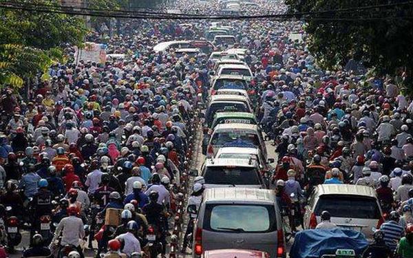 Nhìn lại tỷ lệ sở hữu xe 4 bánh ở Thái Lan, Indonesia, Malaysia: Liệu GDP bình quân đầu người Việt Nam còn quá thấp để mỗi gia đình có 1 chiếc ô tô? - Ảnh 1.